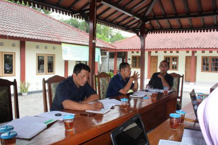Rapat Koordinasi Tim Penyusun RKPDesa bersama dengan Tim Verifikasi RKPDesa