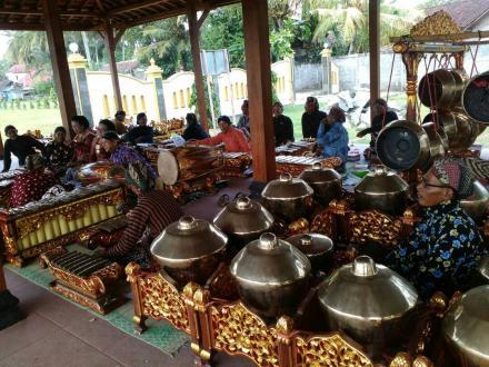 Pentas Gamelan di Pendopo Desa Mulyodadi